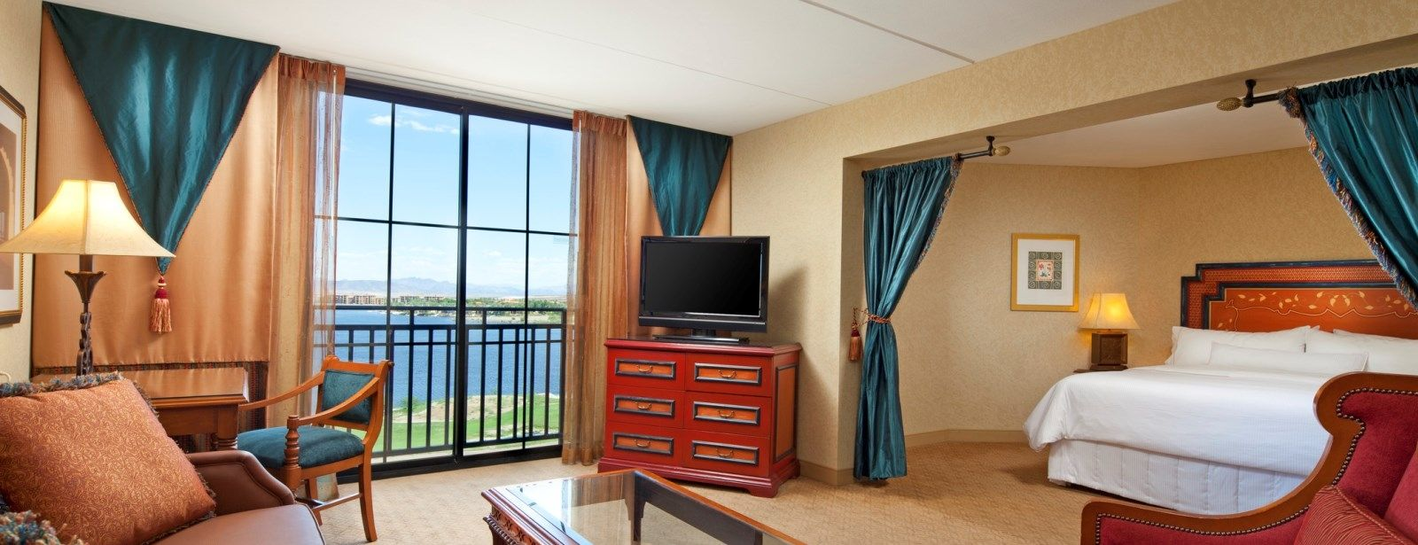 lake las vegas hotels - deluxe king suite